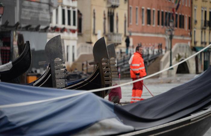 Жертвами наводнения в Венеции стали два человека