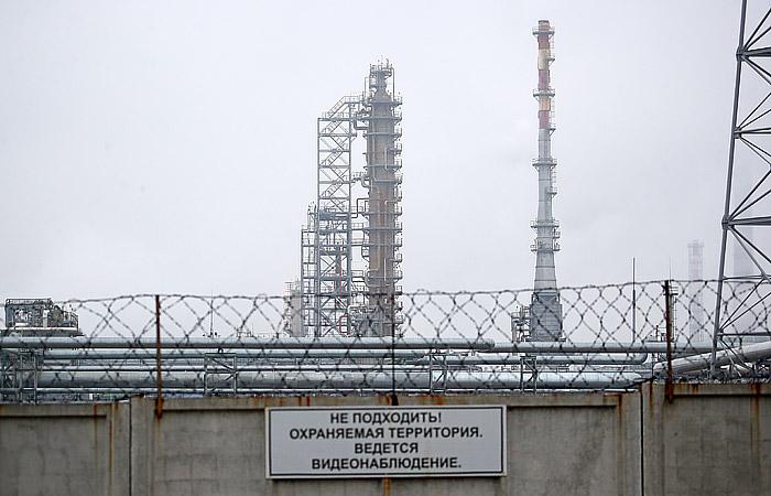 """""""Белнефтехим"""" сообщил о возобновлении прокачки нефти на белорусские НПЗ"""