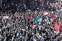В Иране насчитали 50 жертв давки на прощании с генералом Сулеймани