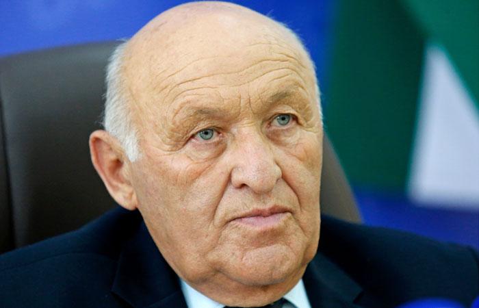 Главу парламента Абхазии увезли в больницу с сердечным приступом