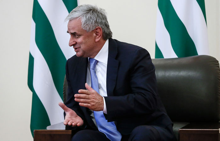 Рауль Хаджимба отказался вновь баллотироваться на пост президента Абхазии