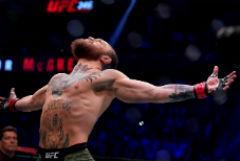 Макгрегор победил Серроне в первом после поражения от Нурмагомедова бою