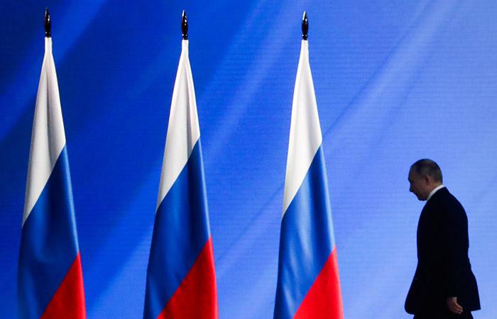 Путин внес в Госдуму проект закона о поправке к Конституции