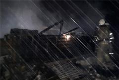 Потушен пожар в томском поселке, унесший жизни 11 человек