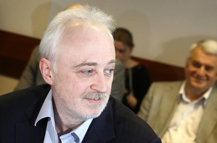 """Защита экс-главы """"Роснано"""" Меламеда не в курсе сообщений о прекращении дела"""