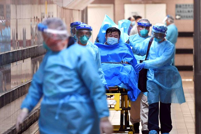Общее число погибших от пневмонии в КНР достигло 80
