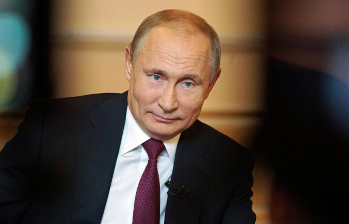 Путин заявил, что почти все члены прежнего правительства уже трудоустроены