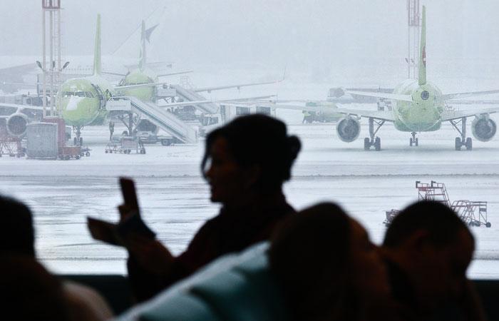 """Пьяная пассажирка сообщила о бомбе на борту севшего в """"Домодедово"""" самолета"""
