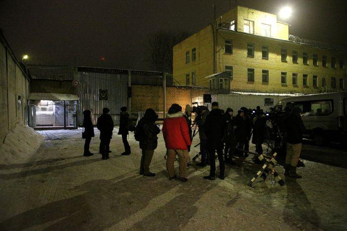 Иссахар покинула колонию в Подмосковье и находится в Москве