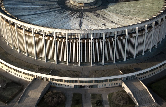 В Петербурге рухнула крыша демонтируемого Спортивно-концертного комплекса