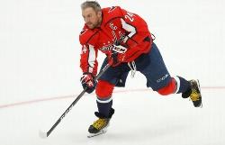 НХЛ признала Овечкина лучшим игроком января