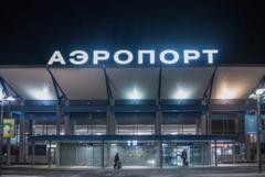 У самолета Bombardier при посадке в Томске частично разрушилось шасси