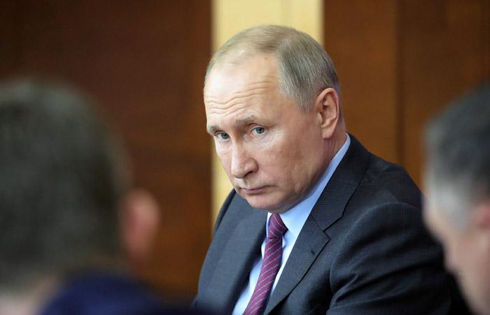 Путин назвал безобразием инциденты с бывшим главой Чувашии Игнатьевым