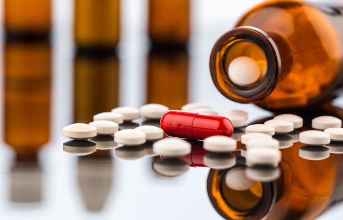 Группу столичных врачей-онкологов уличили в хищении лекарств на 100 млн руб.
