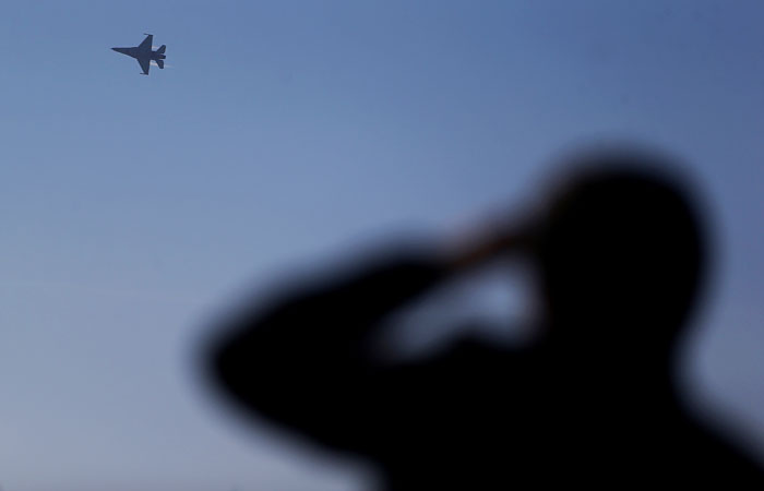 В Минобороны РФ сообщили об угрозе пассажирскому лайнеру из-за авиаудара Израиля
