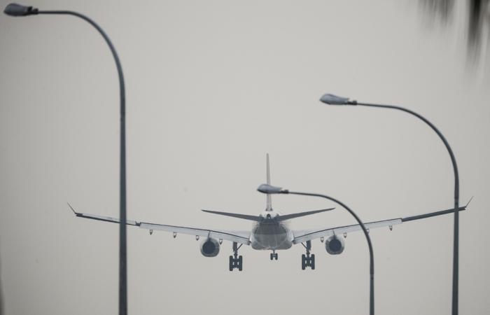 США объявили о повышении до 15% пошлин на самолеты из ЕС