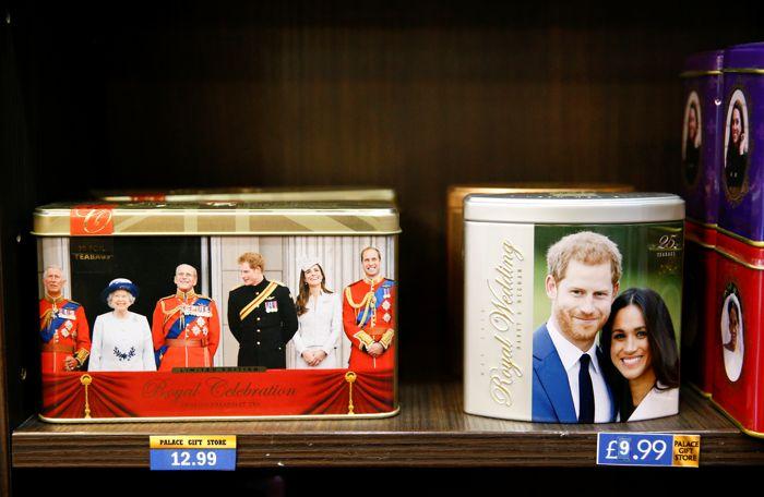 Принц Гарри и Меган Маркл официально выйдут из королевской семьи 31 марта