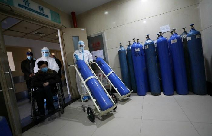 Более 130 человек умерли от коронавируса в провинции Хубэй