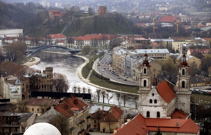 Вильнюс заявил о возможном осложнении поездок россиян в Калининград через Литву