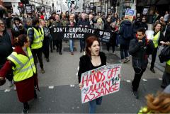 В Лондоне прошла акция против экстрадиции Ассанжа в США