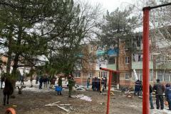 Число жертв взрыва газа и пожара в доме в Азове увеличилось до двух человек