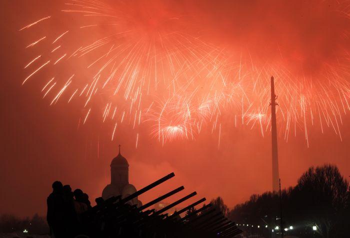 Салют в День защитника Отечества будет дан в российских городах-героях