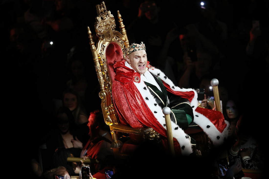 Боксер Тайсон Фьюри перед боем за чемпионский пояс WBC