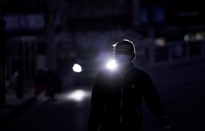 Почти 30 смертей от коронавируса зафиксировано в Китае за сутки