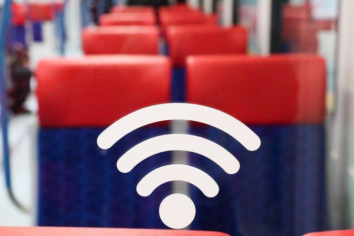 С 1 марта отключен Wi-Fi в московском наземном транспорте