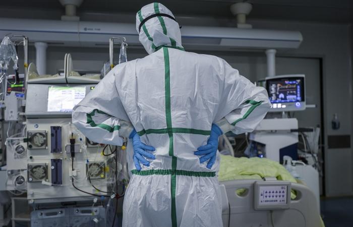Число больных коронавирусом в Китае превысило 80 тысяч человек
