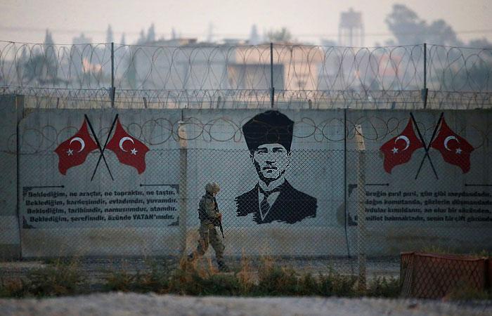 РФ обвинила Турцию в нарушении международного права в Идлибской зоне