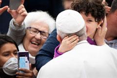 Коронавирус добрался до Ватикана