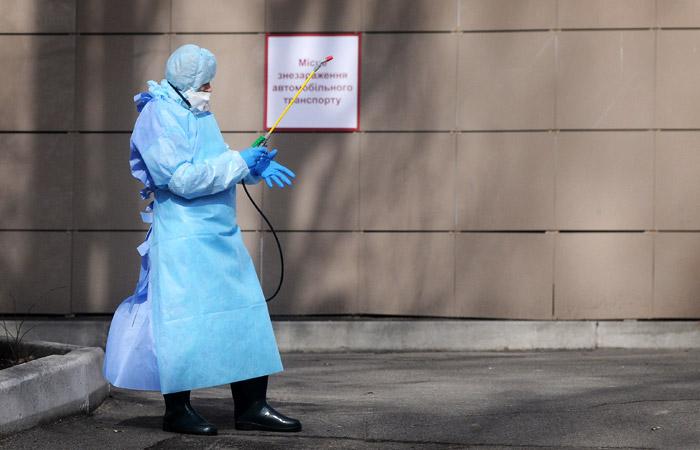 Правительство Украины объявило трехнедельный карантин