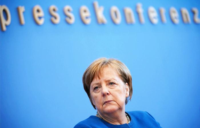 Меркель предупредила об угрозе заражения коронавирусом 70% населения Германии