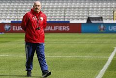 Главный тренер сборной России по футболу продлил контракт с РФС