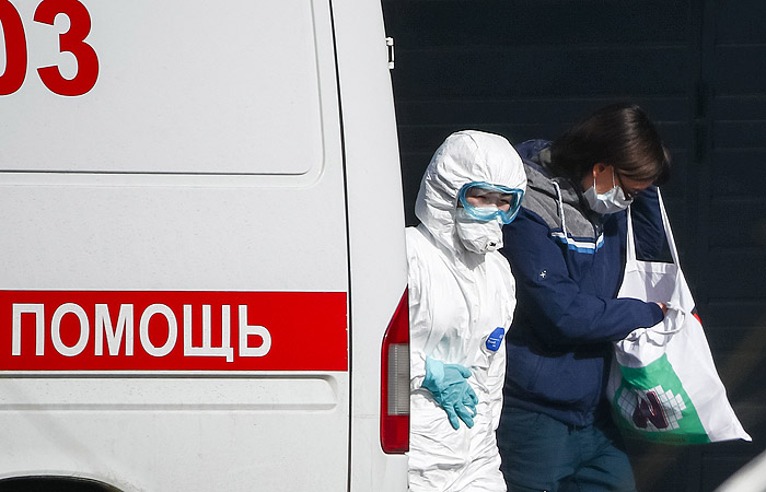 Оперштаб сообщил о 14 новых случаях заражения COVID-19 в России