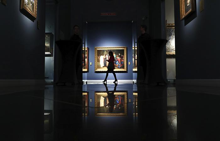 Иностранцам временно запретили посещать российские музеи и выставки