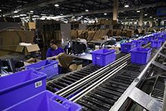 Онлайн-ритейлеры резко нарастили продажи продуктов и увеличили сроки доставки