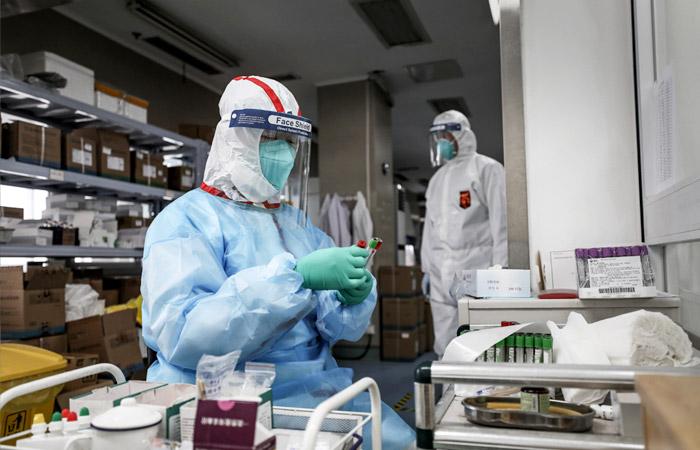 В Китае завершили клинические исследования препарата от коронавируса