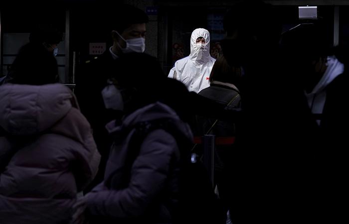 Число жертв коронавируса в мире превысило 7 тысяч человек