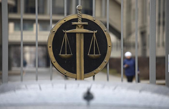 Российские суды из-за COVID-19 приостановят рассмотрение дел
