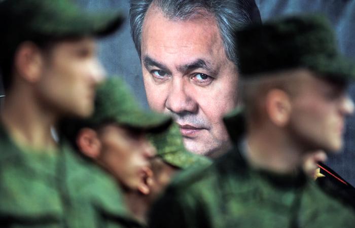 Шойгу проверит армию на готовность бороться с коронавирусом