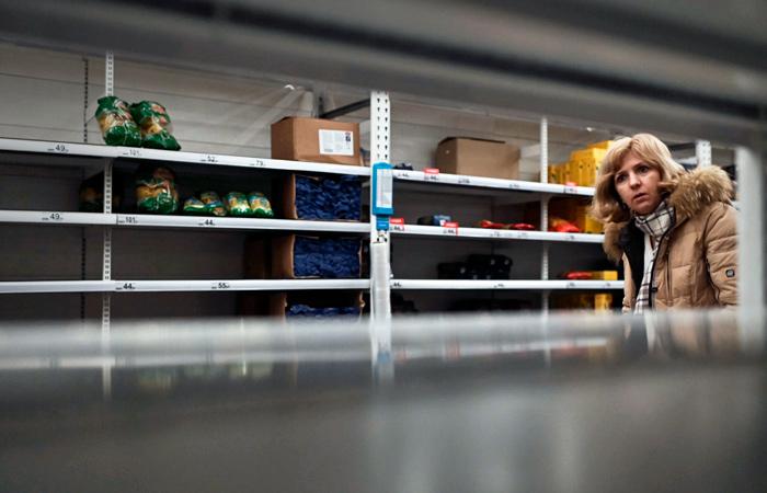 """Больше половины покупателей """"Пятерочек"""" запаслись продуктами на 108 дней"""