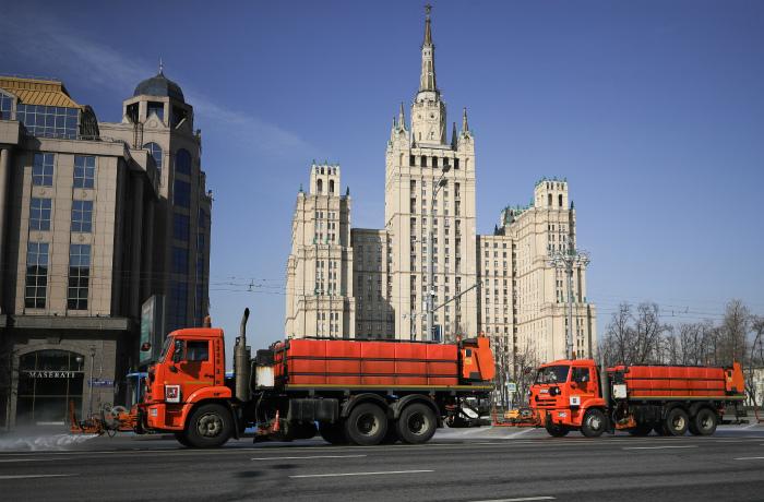 Дороги в Москве в первый день длинных выходных стали полностью свободными
