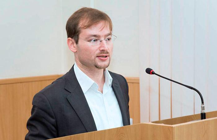 Тимофей Нестик: уверенность людей сейчас зависит от их социального капитала
