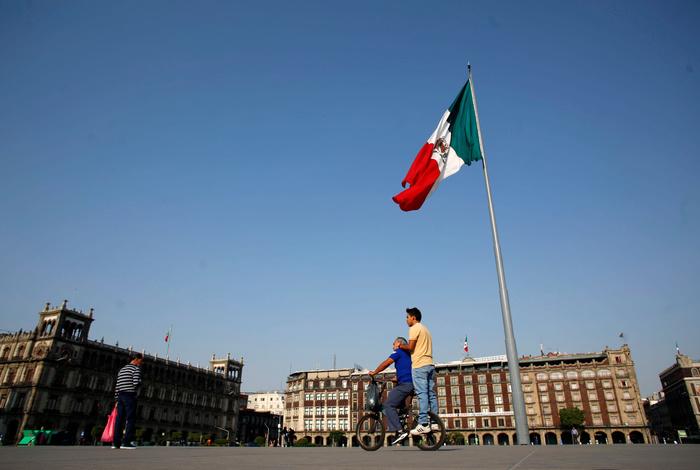 Мексика ввела из-за коронавируса режим ЧС