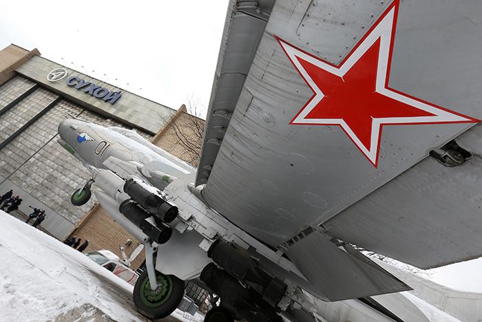 """""""МиГ"""" и """"Сухой"""" объединят для производства всей боевой авиации РФ"""