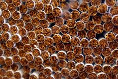 Производители сигарет остановили российские фабрики