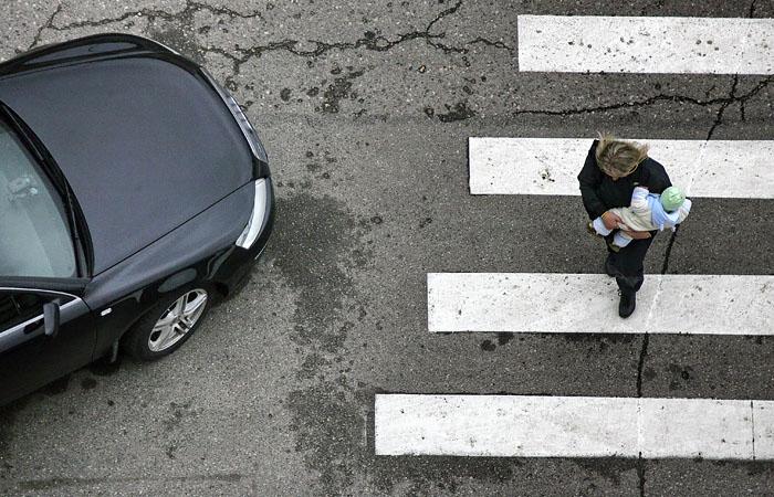 Регионам разрешили применять новую дорожную разметку и знаки
