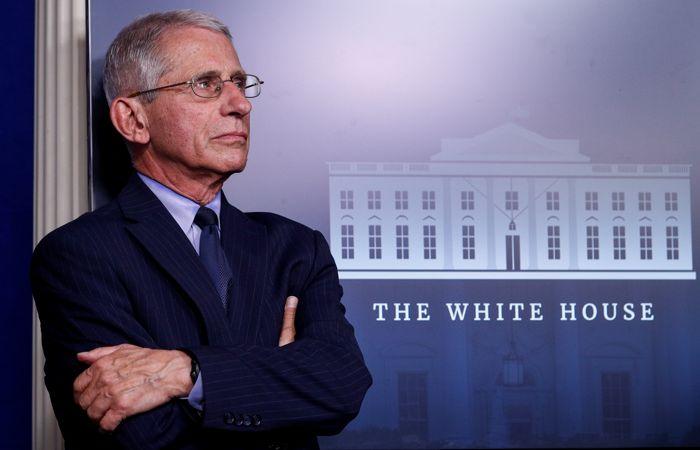 Главный инфекционист США Фаучи получил угрозы в свой адрес